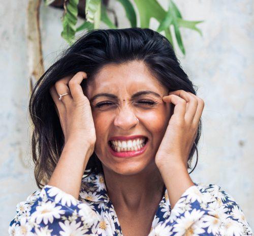 Chronic migraine symptoms